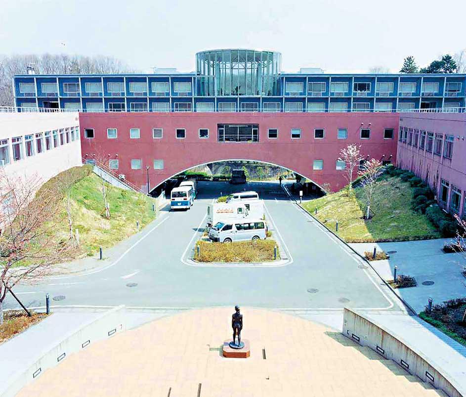 tokyo-university-of-art-and-design-1.jpg